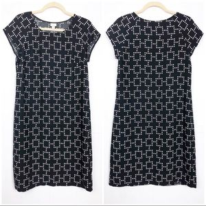 Merona | M | Black Short Sleeve Shift Dress